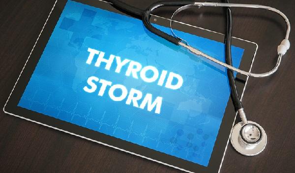 Nuevos datos a nivel nacional sobre la tormenta tiroidea: emergencia rara pero mortal